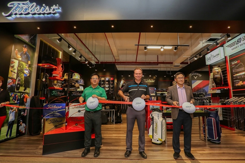 L to R: MST Golf managing director KP Low, Titleist South East Asia brand manager Rick Brown and MST Golf chief executive Ng Yap unveiling the new Titleist brand store at MST Golf's Subang Jaya SuperStore